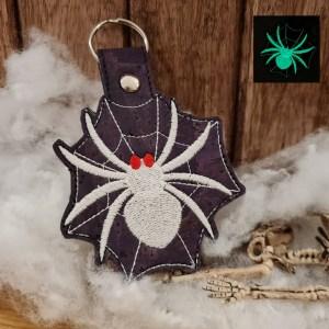 mademoiselle-eleonore-couture-evreux-eure-porte clés araignée en liege
