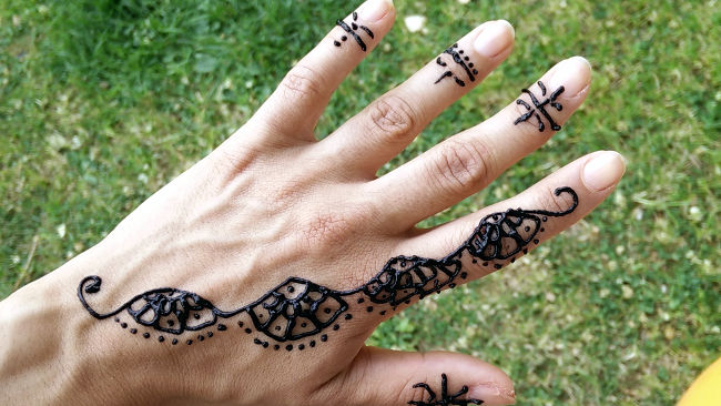 tatouage au henné