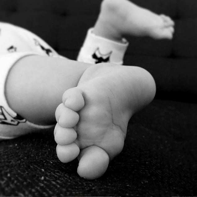 Photo issue du compte Instagram de la dame (et pied appartenant à l'Alien)
