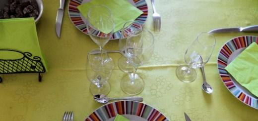 table décor jaune