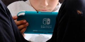Nintendo sitch lite turquoise