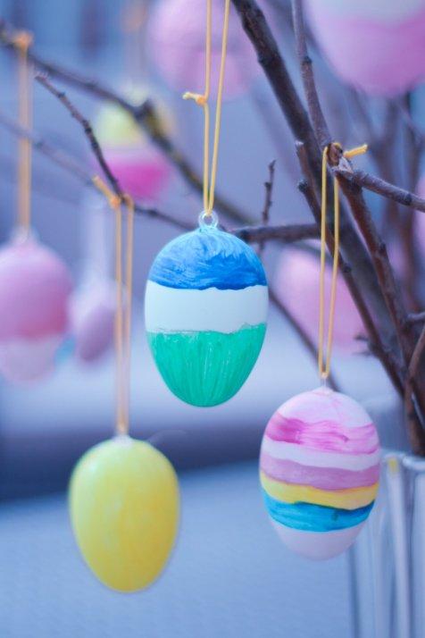 Diy arbre de pâques enfants avec œufs