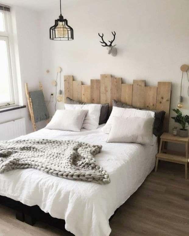 DIY tête de lit en palettes