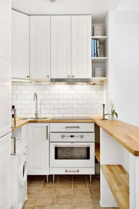 Décorer une petite cuisine blanche
