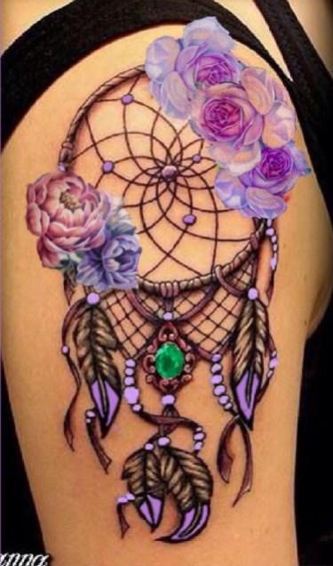 Idées tatouage cuisse femme attrape rêves