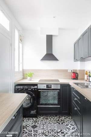 Petite cuisine noire décoration