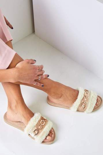 Sandales 2021 plates fourrures