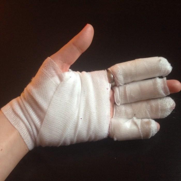 main bandage