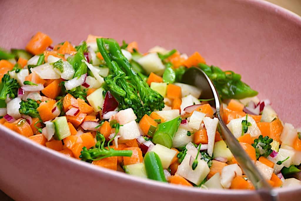 Tom Koleskabet Salat Maettende Og Laekker Madens Verden