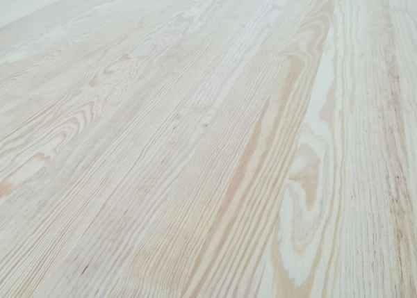 vetas del tablero alistonado de pino