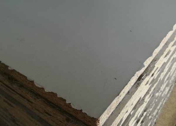 Tablero melamina plastificado gris