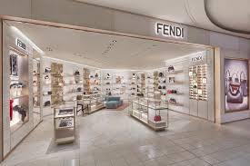 Fendi crede nel travel retail e sbarca a Heatrow
