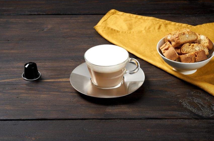 Locale uso food centro Milano disponibile