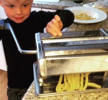 Hjemmelavet pasta og pizza med mamma madfilosofie