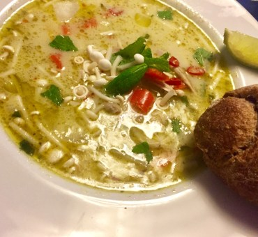 Lækker sund og grøn thaisuppe