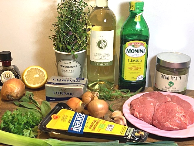 Ravioli med svinekæber braiseret i hvidvin