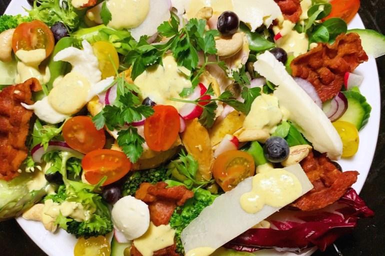 Sund og lækker salat ala clubsandwich