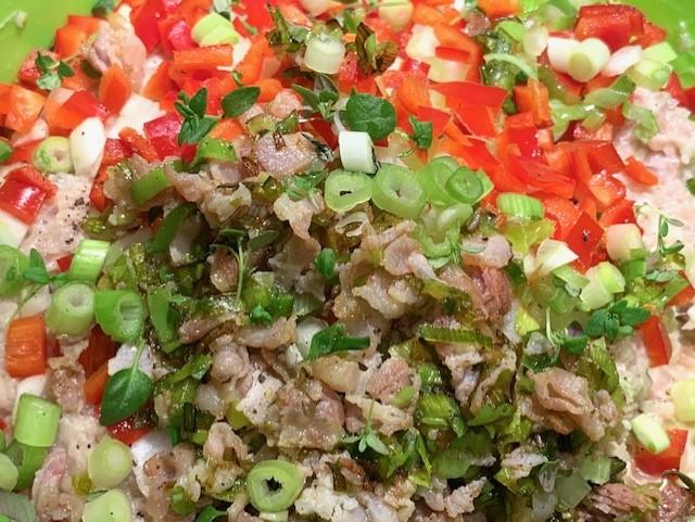 Frikadellefarsen med grøntsager