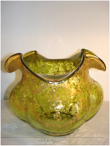 MOSER GREEN GLASS BOWL WITH HEAVILY GOLD ENAMELED