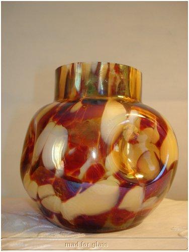 KRALIK IRIDESCENT SPATTER GLASS VASE