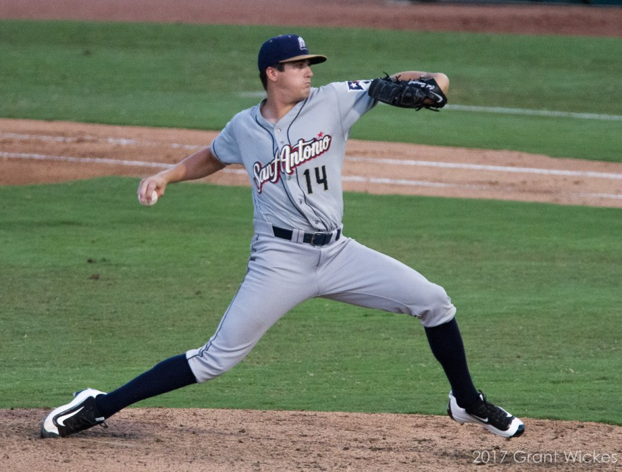 Padres top prospect Cal Quantrill pitches for San Antonio Missions