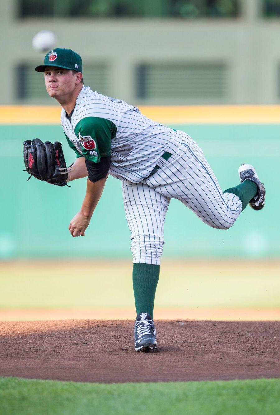 Padres pitching prospect Adrian Morejon