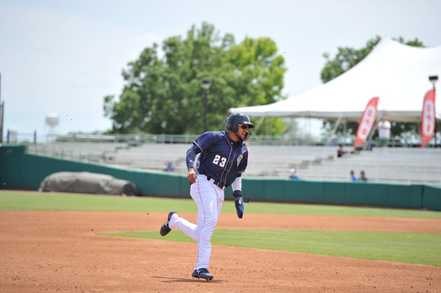 Padres prospect Fernando Tatis rounds the bases for San Antonio Missions