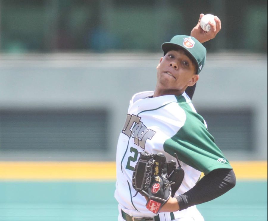 Padres prospect Luis Patiño pitches for Fort Wayne TinCaps