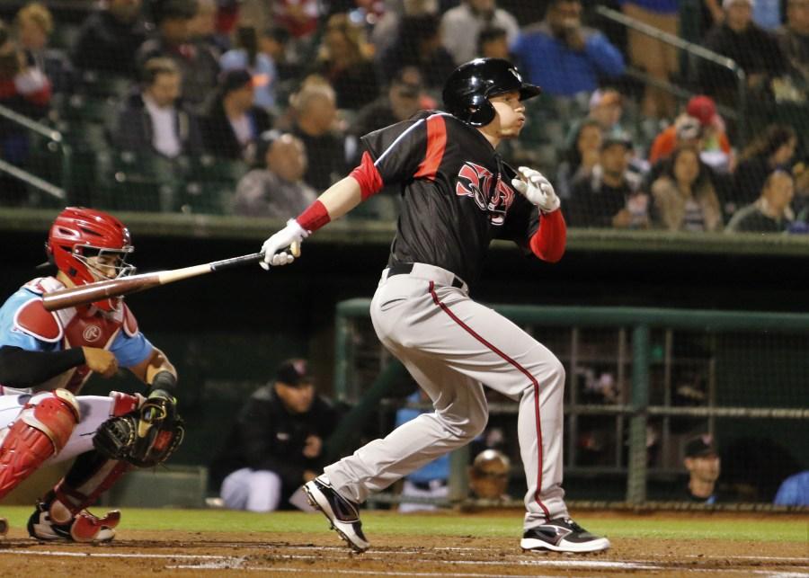 Padres prospect Jack Suwinski bats for Lake Elsinore Storm