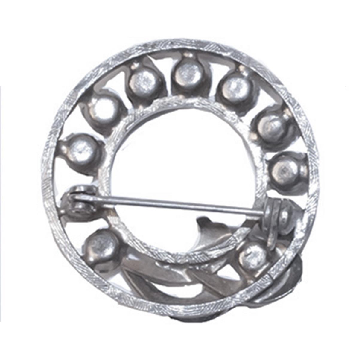 Silver wreath brooch