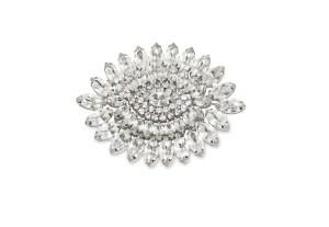 oval rhinestone brooch
