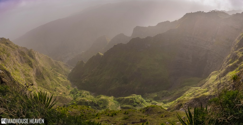 Delgadinho Mountain Ridge, Cova Crater, Xôxô Valley, Santo Antão, Cape Verde