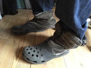Crocs n slippers