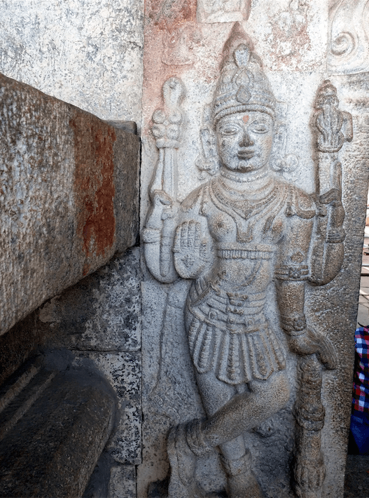 Entrance gomateshwara temple, Shravanbelgola.png