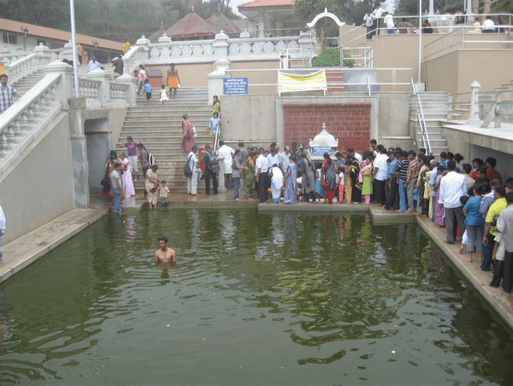 Holy water tank talacauvery coorg.png