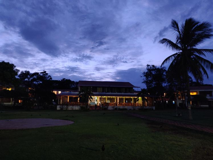 Evening view, Ashok beach resort, Pondicherry.jpg