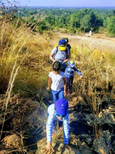 Trekking bhimnakindi