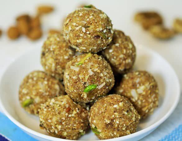 Healthy Dink Ladoo - Marathi Ladoo | Madhura's Recipe