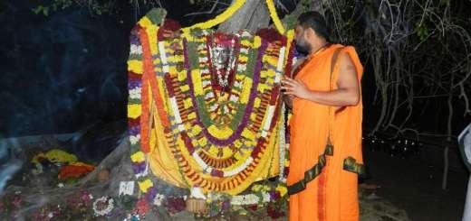 Sri Jitamitra Theertharu