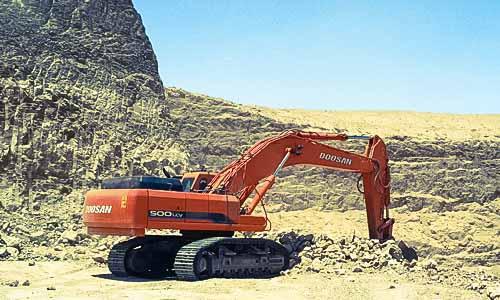 mcc-excavator-phosphate-mine