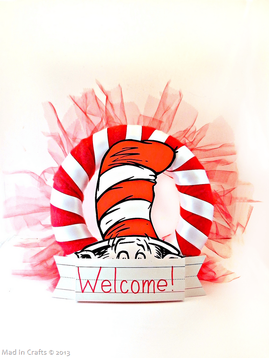 Dr-Seuss-Party-Wreath_thumb1