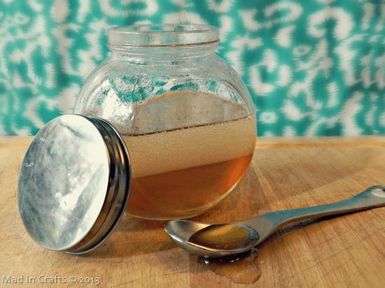 Homemade Gift: Coconut Oil Honey Hair Mask