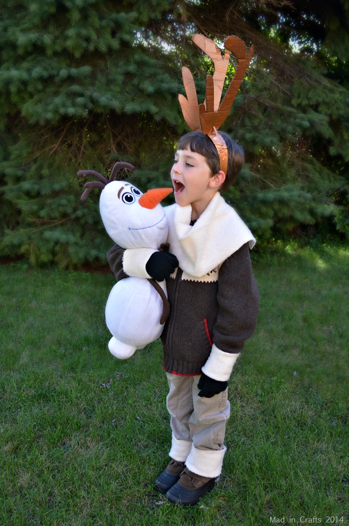 Sven Costume with Olaf