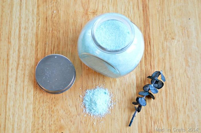 HANDMADE GIFT: SOAKING SALTS