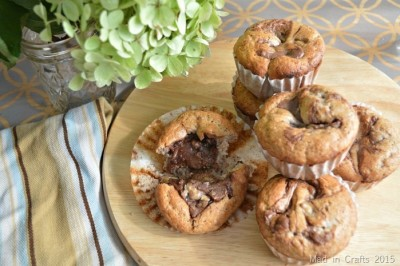 15 MINUTE CHOCOLATE BANANA MUFFINS