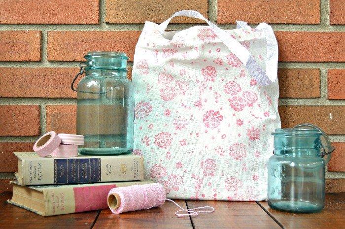 20 PRETTY & PRACTICAL DIY TOTE BAGS