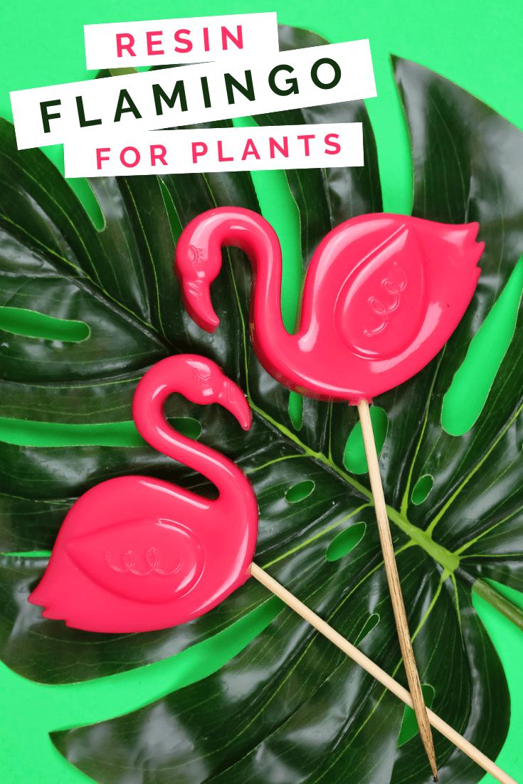 MINIATURE LAWN FLAMINGOS FOR YOUR PLANTS