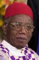 Achebe . Chinua Achebe