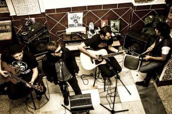 Madjive-acoustic-live-Granada-Spain