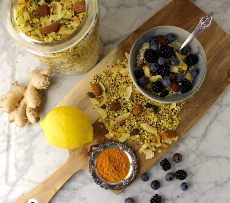 Glutenfri mysli med citronskal, ingefær og gurkemeje - Mad med glød